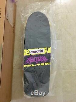 NIB Valterra Madrid Back To The Future Complete Skateboard Reissue 1 of 150