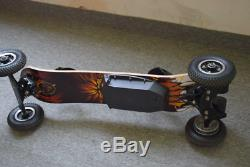 Off Road All Terrain Electric Skateboard Dual Motor 3300 W. 100% Bamboo Deck