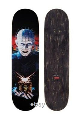 Supreme/hellraiser skateboard black