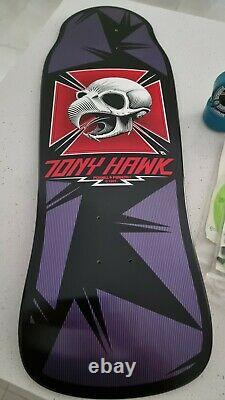 Tony Hawk Bird Skull deck and T bones wheels with Acc